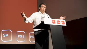 SP-Präsident Christian Levrat an der Delegiertenversammlung in Freiburg.