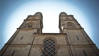 Am 15. September wird der reformierte Kirchenrat (im Bild das Zürcher Grossmünster) gewählt. Chris Iseli