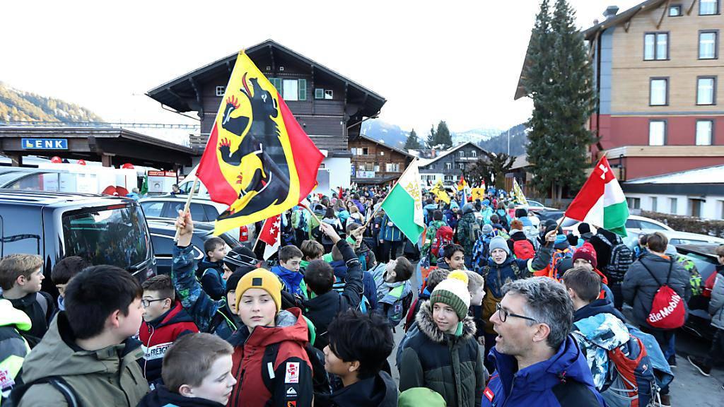 Die Jugendlichen aus allen Kantonen reisten bereits am Donnerstag ins Berner Oberland.