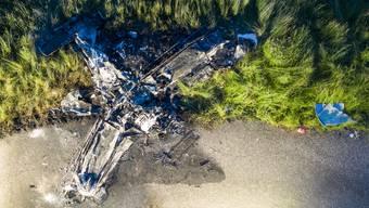 Das Kleinflugzeug stürzte in der Nähe des Flugplatzes Birrfeld ab.