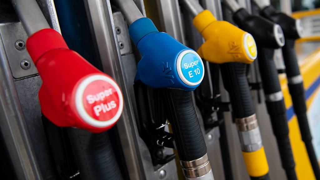 Benzin und Dieselöl werden ab nächstem Jahr teurer