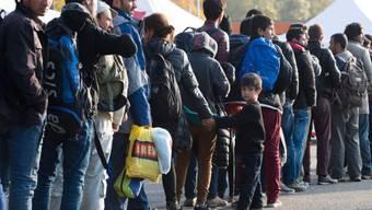 Flüchtlinge bei Passau am Samstag. (Archivbild)