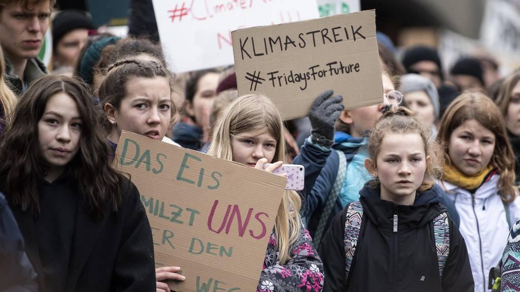 Jugendliche zeigen an den Klimastreiks ihr Verantwortungsbewusstsein und ihr Wille zur Veränderung.