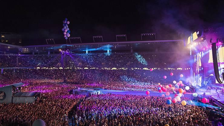 Volles Stade de Suisse am Musikfestival Energy Air: Hier das Konzert von Nena.