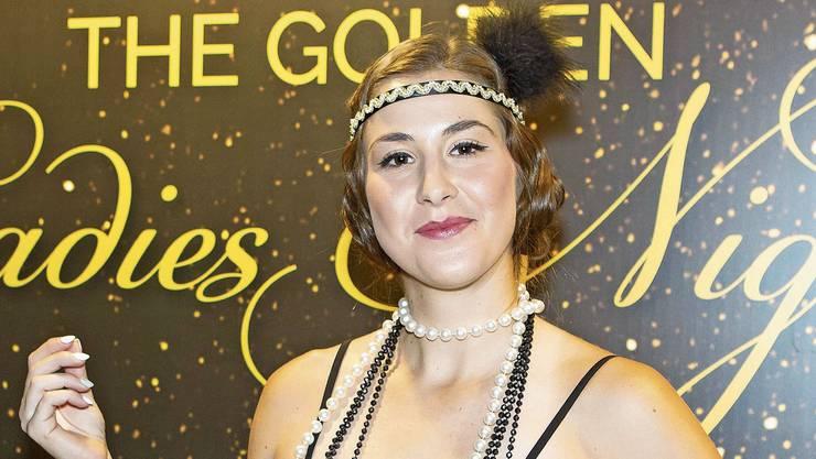 Belinda Bencic zeigt sich an der Spielerinnen-Party in Linz im 20er-Jahre-Look.