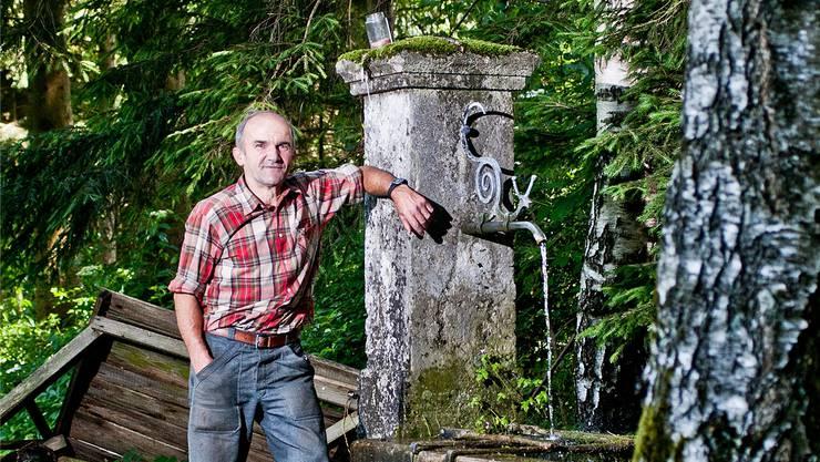 Martin Köchli erzählt, wie laut Sage die Quelle des Elfjungfernbrunnens entstanden ist.