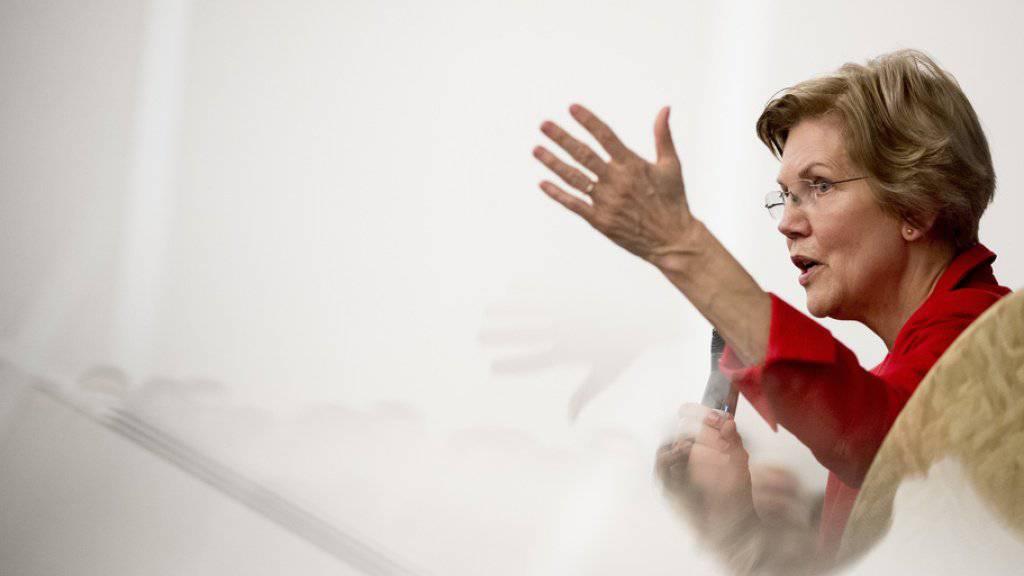 Die US-Demokratin Elizabeth Warren hat einen entscheidenden Schritt auf dem Weg zu einer möglichen Präsidentschaftsbewerbung in ihrer Partei unternommen. Die Senatorin aus dem Bundesstaat Massachusetts gründete am Montag ein Komitee, das ihre Chancen im Fall einer Kandidatur ermitteln soll.