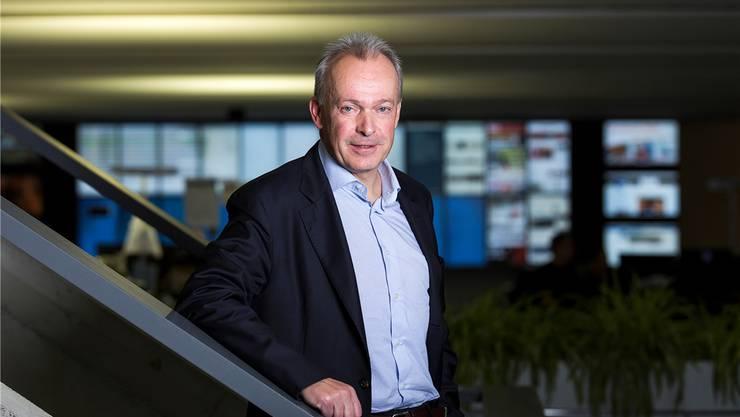 Swisscom-Chef Urs Schaeppi im Newsroom der AZ Medien: «In fünf oder zehn Jahren werden wir mit dem Smartphone Dinge machen können, die wir uns heute noch gar nicht vorstellen können.»