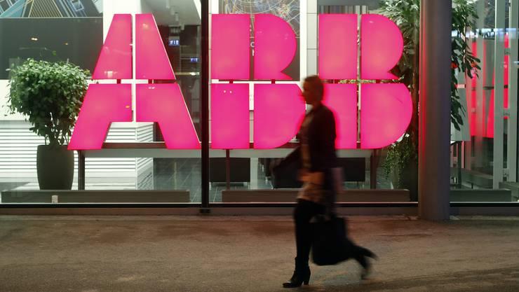 Eine Mitarbeiterin von ABB Schweiz wandte sich an die interne Whistleblowing-Stelle und landete im Gefängnis.
