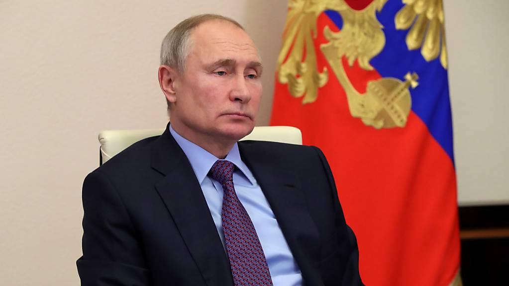 Russlands Präsident Wladimir Putin während einer Videokonferenz. Foto: Mikhail Klimentyev/Pool Sputnik Kremlin/AP/dpa