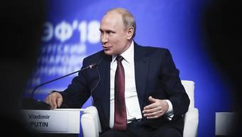 Sieht sich weiter mit Sanktionen aus der EU gegen sein Land konfrontiert: Russlands Präsident Vladimir Putin.