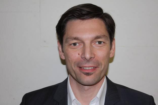 Adriano Beti (FDP), am 17. März für die zurückgetretene Lea Grossmann, im Einwohnerrat Lenzburg in Pflicht genommen.