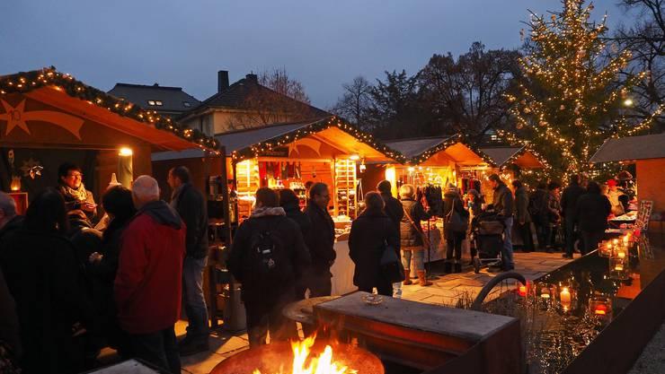 Der Oltner Adventsmarkt im Klostergarten war stets gut besucht