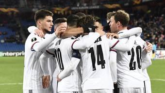 Der FCB freut sich nach zwei souveränen Siegen über das Weiterkommen.