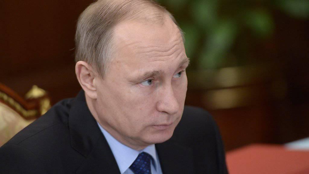 Der russische Präsident Putin warnt in einem Strategiepapier zur Sicherheit des Landes den Westen davor, «legitime politische Führungen» zu stürzen. (Archiv)