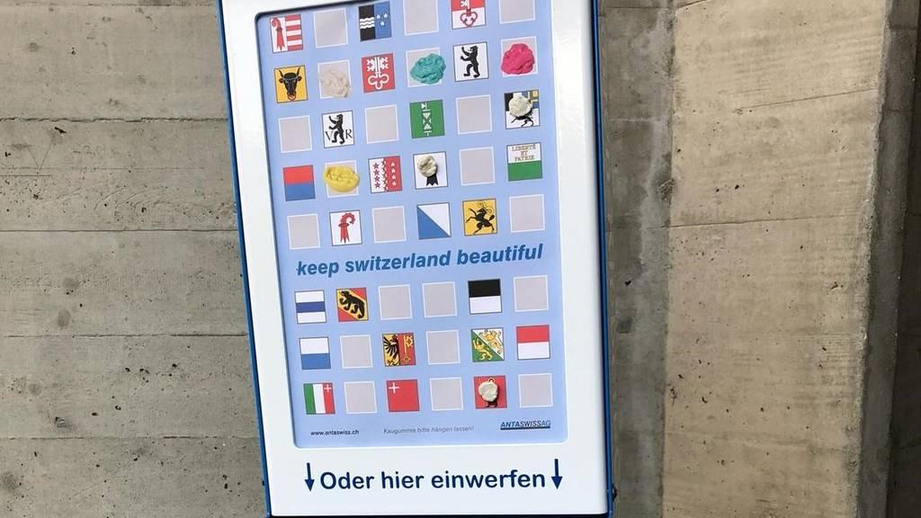 Mit dem Entsorgungskasten will der Kantonsspital den Reinigungsaufwand minimieren.