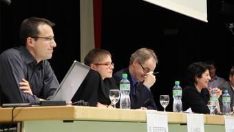 Reto Steffen, Fachstellenleiter Asyl, Claudia Hänzi, Leiterin Sozialleistungen, und Polizeikommandant Thomas Zuber.