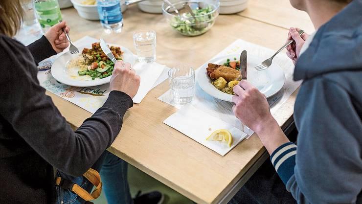 Seit dem Schuljahr 2017/18 organisiert und betreibt der Verein Mittagstisch Villigen an drei Wochentagen das Mittagstisch-Angebot (Symbolbild).
