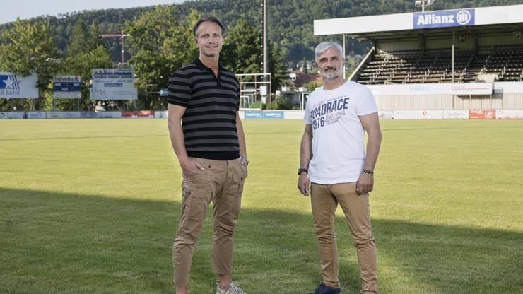 Salvatore Romano (r.) wird Marc Hodel als Trainer beim FC Wettingen ersetzen.