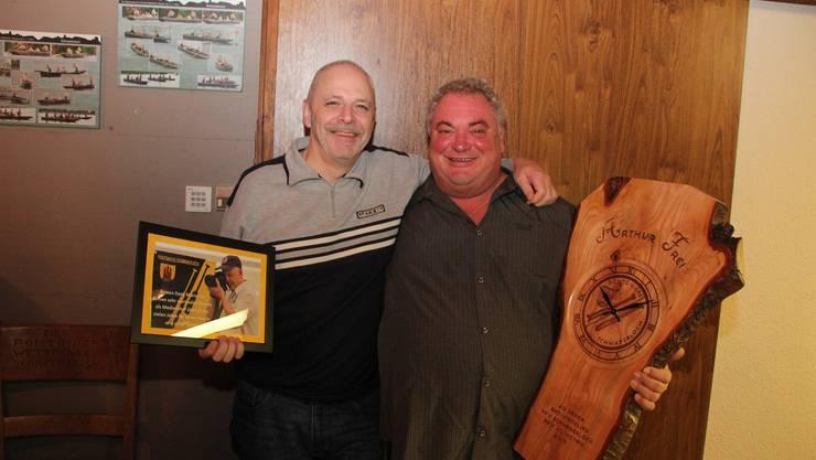 Je 40 Jahre Mitgliedschaft: Marcel Güntert und Arthur Frei (rechts).