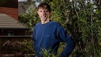 Patrick Frara gestaltet seinen Garten naturnah und bietet Vögeln so einen Lebensraum.