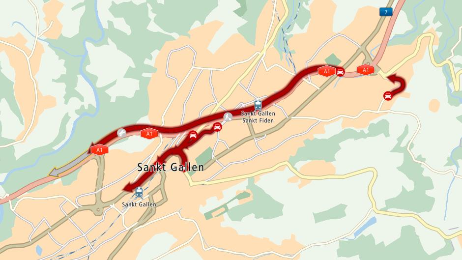Ab St.Fiden staut es in Richtung Zürich.
