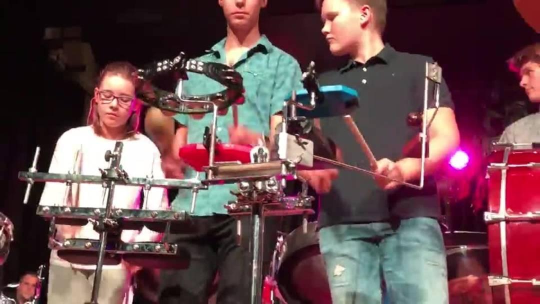Das Show Drum Ensemble «fägt»