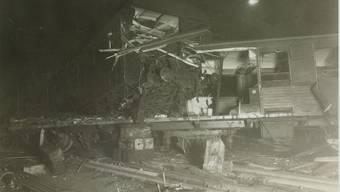 Die zerstörten Bahnwagons des Schnellzugs Zürich–Uster beim Bahnunglück in Oerlikon vom 17.12.1932. Staatsarchiv des Kantons Zürich (StAZH)