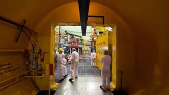 Regula Bachmann zum AKW Beznau, dem ältesten Meiler der Welt (hier eine Aufnahme ins Innere des Reaktors Beznau 2): «Wenn sich zeigt, dass es nicht sicher ist, müsste Beznau früher vom Netz genommen werden als nach den geplanten rund 50 Jahren Laufzeit.» Keystone