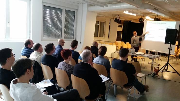 Hans-Peter Blaser erklärt, was es bei der Ensembleschulung zu beachten gilt.