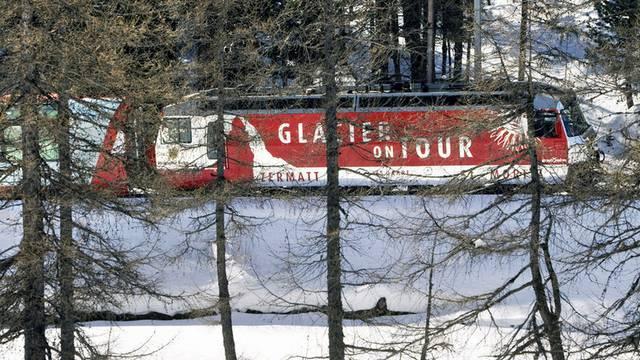Weniger Leute reisen mit dem Glacier Express wegen dem schlechten Wetter und dem ungüngstigen Eurokurs (Archiv)