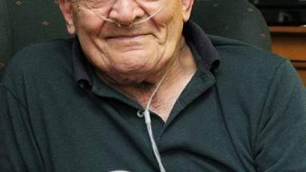 Nun kann er darüber lachen: Ron Sveden mit einer Büchse Erbsen