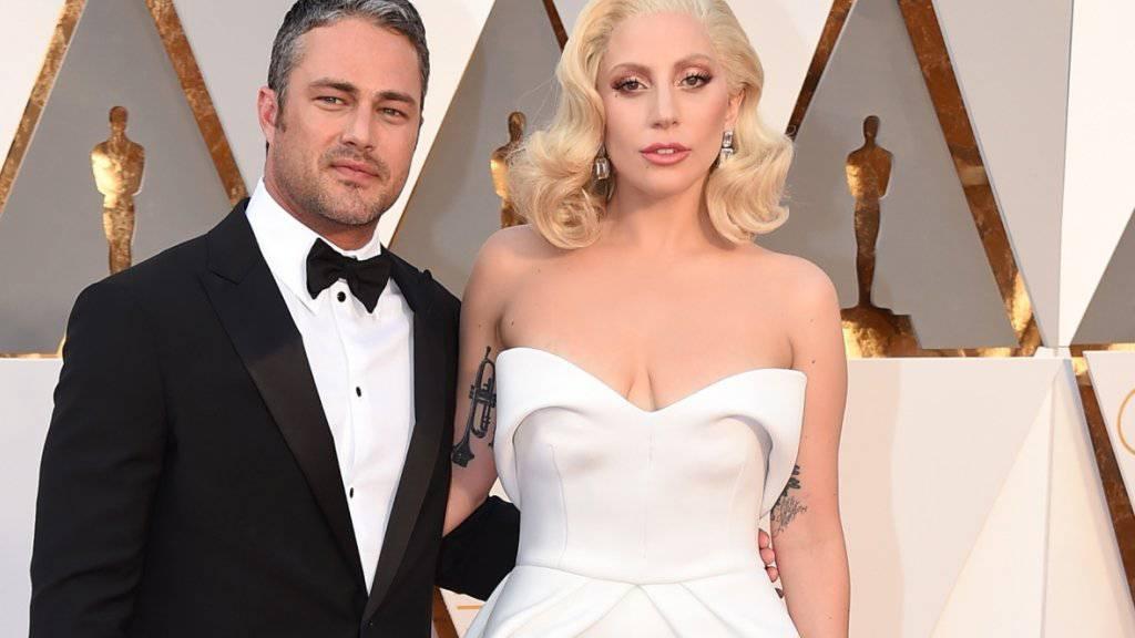 Auszeit als Paar: Lady Gaga und ihr Verlobter Taylor Kinney brauchen Abstand. (Archivbild)