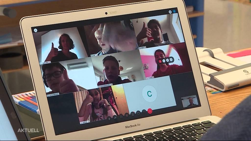 Wie ist der Schulunterricht im virtuellen Klassenzimmer?