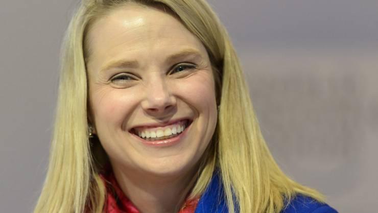 Bald wird's noch lauter im firmeninternen Kinderzimmer: Yahoo-Chefin Marissa Mayer freut sich auf eineiige Zwillinge. (Archiv)