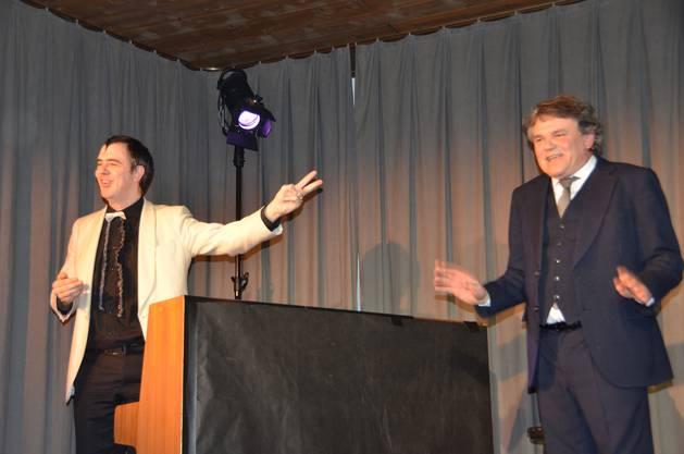 Der Concierge Giacometti und Jeremy, der Pianist, verstehen sich ohne grosse Worte.JPG