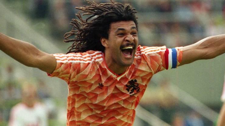 So kennen ihn die Fans als Aktiver: Ruud Gullit im EM-Final 1988 gegen die damalige Sowjetunion