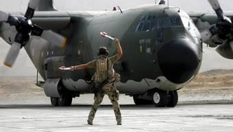 Ein Flugzeug des Typs Hercules C-130 (Symbolbild)