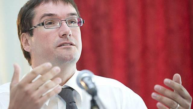 SP-Chef Levrat sieht sich in seiner Kritik bestätigt (Archiv)