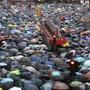 Erneut sind in Hongkong Hunderttausende von Menschen auf die Strasse gegangen, um gegen die pro-chinesische Regierung zu protestieren.