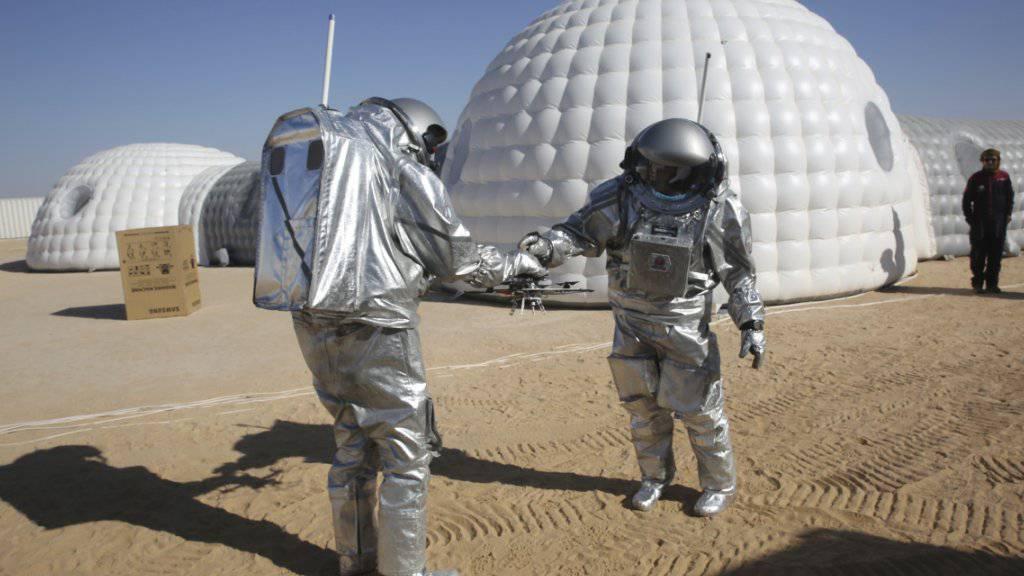 In der Wüste im Oman testen über 200 Wissenschaftler aus 25 Ländern Technologien für eine mögliche bemannte Mars-Mission. (Symbolbild)