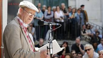 Einer von fast 40 Autorinnen und Autoren, die am 22. Internationalen Literaturfestival in Leukerbad aus ihren Werken lesen: Franz Hohler. (Archivbild)