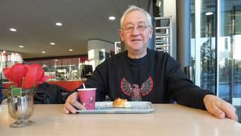 Ernst Labhart ist zwei Mal im Monat als Krisenbegleiter am Triemli-Spital.