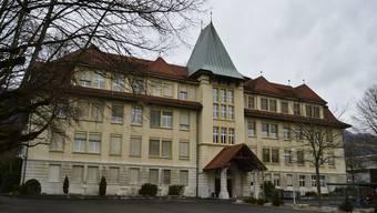 Das Schulhaus III in Grenchen.
