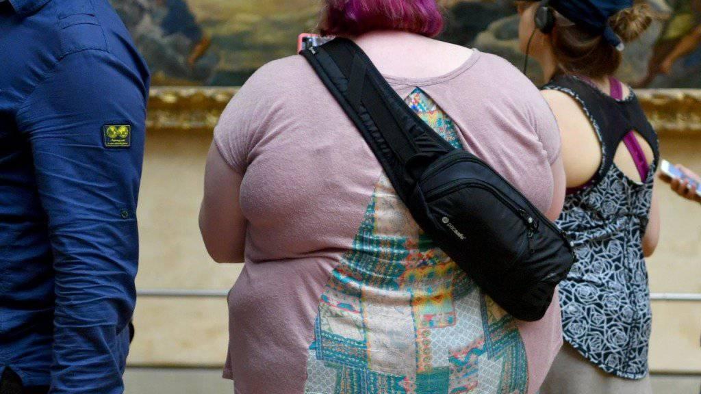 Aus übergewichtigen Kindern werden übergewichtige Erwachsene. (Symbolbild)