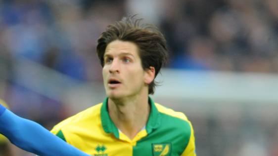 Timm Klose steht bei Norwich vor dem Absprung.