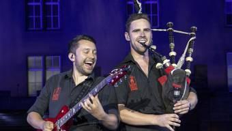 """Zählten zu den Höhepunkten am diesjährigen Basel Tattoo: Die Rockmusiker von """"The Red Hot Chilli Pipers"""" aus Schottland. (Archivbild)"""