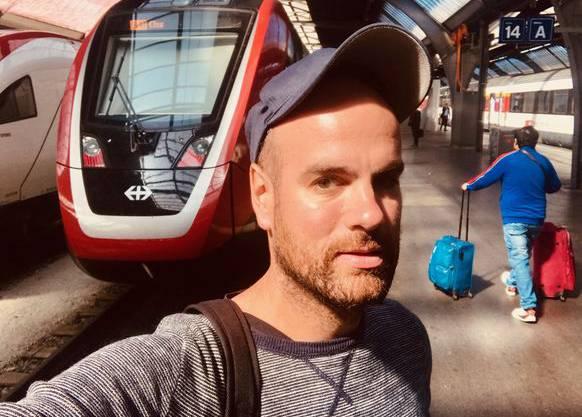 watson-Reporter Adrian Müller auf Testfahrt mit dem FV-Dosto.