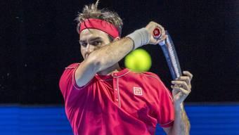 In Eilzugtempo braust Roger Federer über den Deutschen Peter Gojowczyk in die nächste Runde.