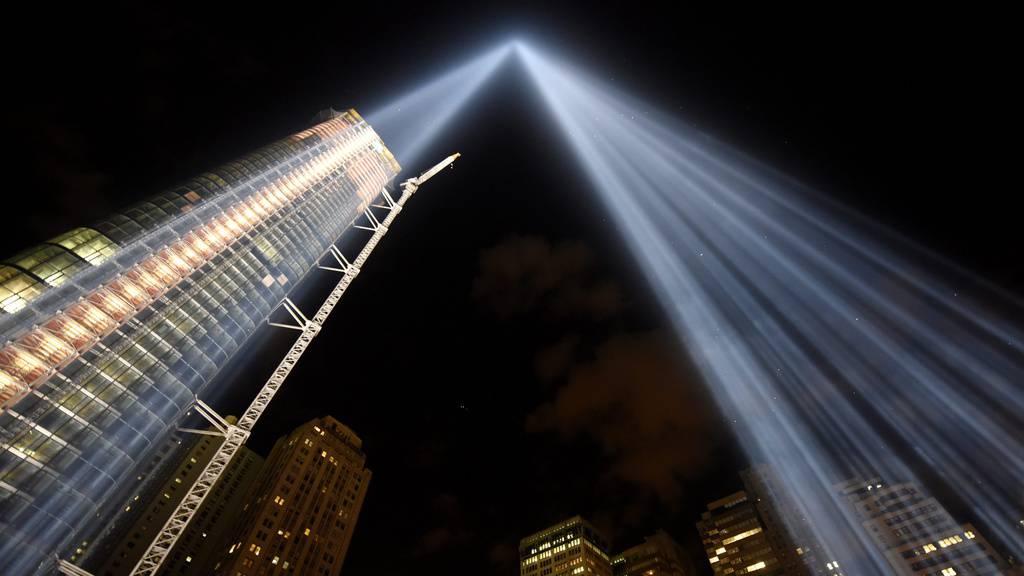 Lichtsäulen zu 9/11 – schön, aber gefährlich